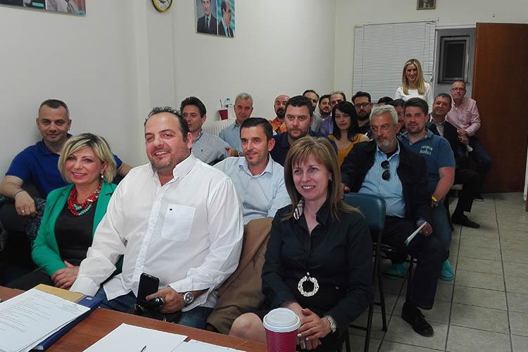 Φωτό από την πρώτη συνεδρίαση της νέας ΝΟΔΕ ΛΑΡΙΣΑΣ