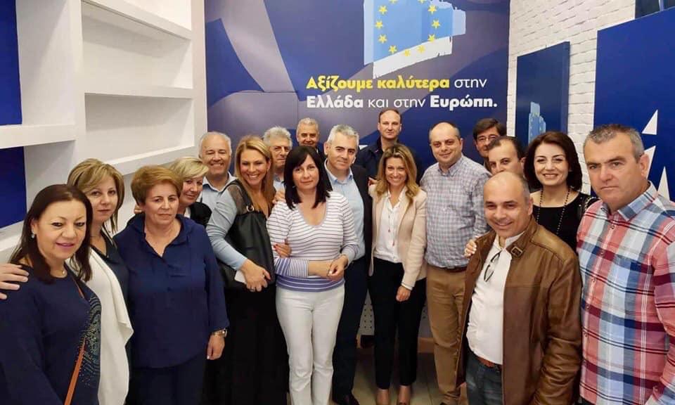 Επίσκεψη κ. Λαζαράκου στη Λάρισα